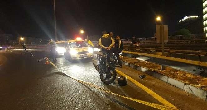 İzmir'de motosiklet kazası:1 ölü