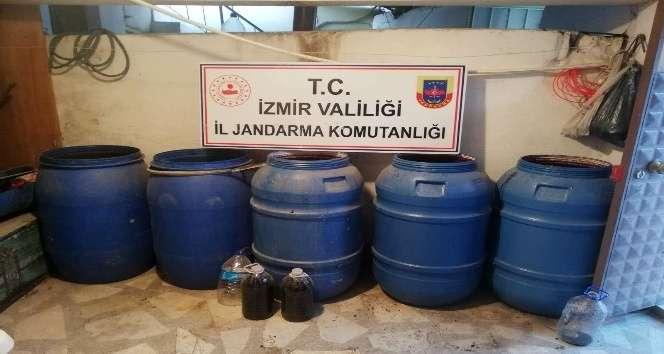 İzmir'de sahte içkileri piyasaya süreceklerdi,Jandarma ele geçirdi