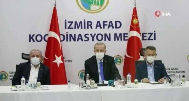 Cumhurbaşkanı Erdoğan, AFAD Koordinasyon Merkezi'nde önemli açıklamalar'da bulundu.
