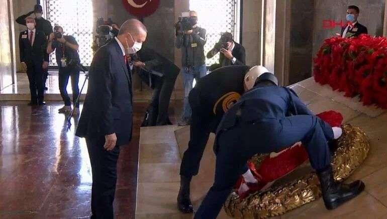 CUMHURİYET'İN 97.YILINDA DEVLETİN ZİRVESİ ANITKABİR'DE