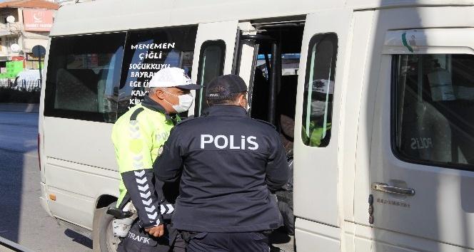 İZMİR'DE TOPLU ULAŞIMDA COVİD-19 DENETİMLERİ ARTTI