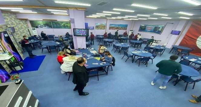 BORNOVA'DA 2 AYRI İŞLETMEYE KUMAR BASKINI