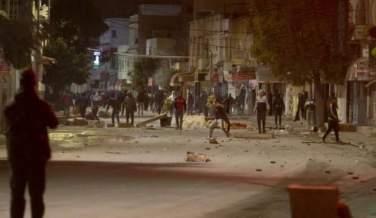 TUNUS'TA 'SOKAĞA ÇIKMA' GERGİNLİĞİ: ÇOK SAYIDA GÖZALTI VAR!