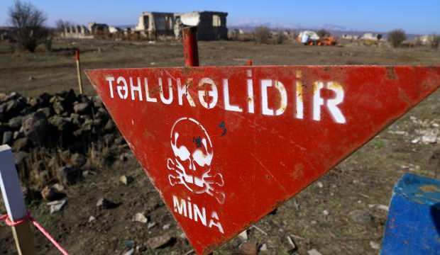 AZERBAYCAN'DAN ERMENİSTAN'A YASA DIŞI ASKER ÇAĞRISI