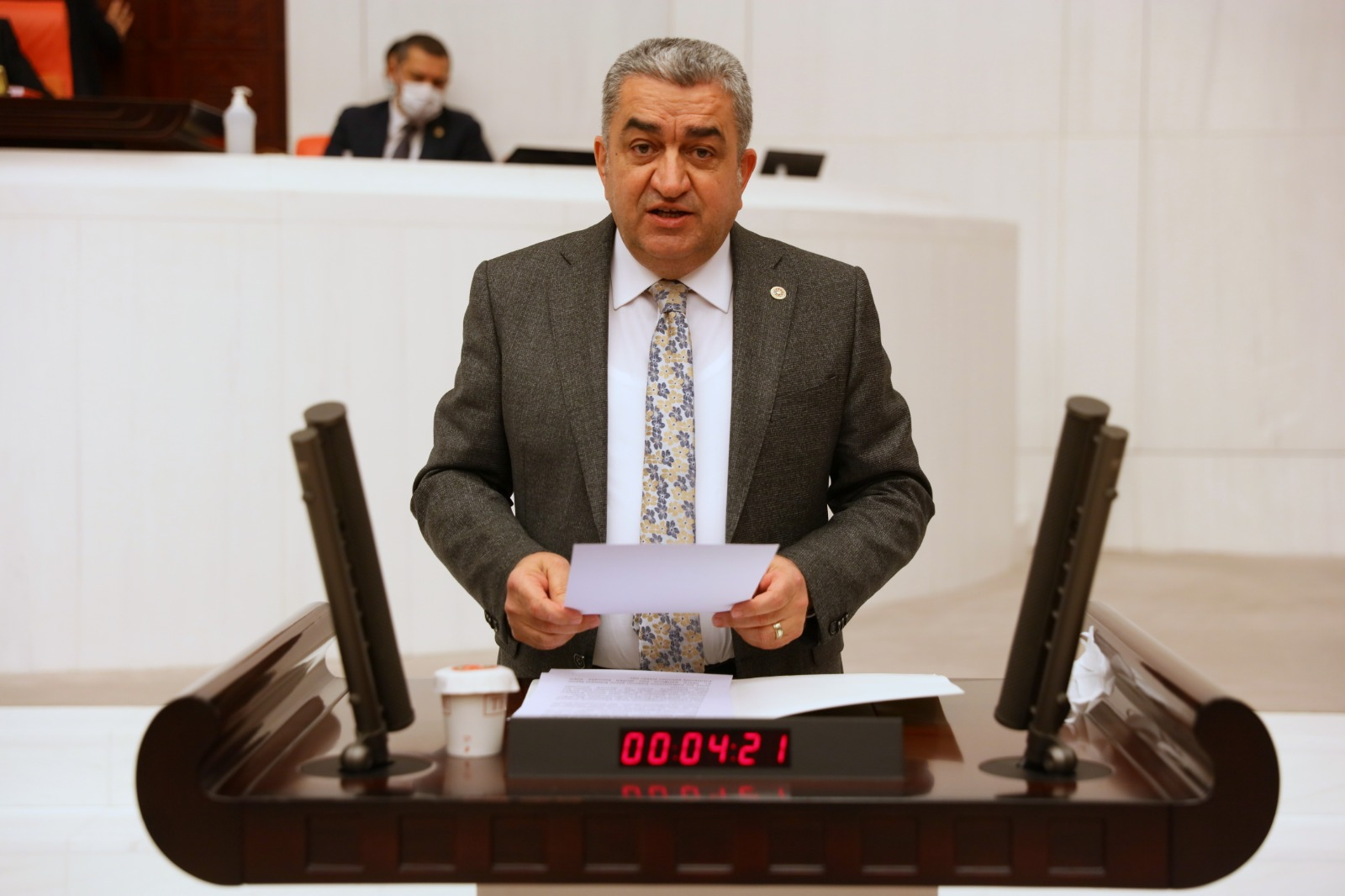 SERTER'DEN İKTİDARA 'TİCARİ SIR' TEPKİSİ