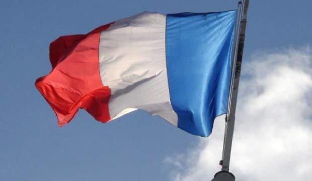 FRANSA'DA ASALA'YI KINADI, MECLİSTEN İSTİFAYA ZORLANDI