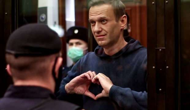 HAPİSHANEDEKİ RUS MUHALİF NAVALNY, AÇLIK GREVİNİ SONLANDIRDI