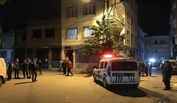BURSA'DA SİLAHLI KAVGADA 1'İ POLİS İKİ KİŞİ YARALANDI