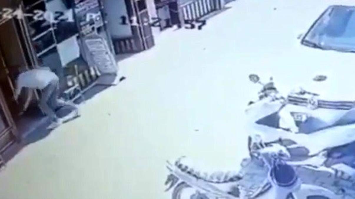 İzmir de hareketli dakikalar: Eski eşi ve iki kişiyi silahla vurdu