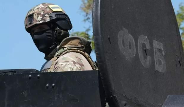Kırım'da silahlı bir terörist etkisiz hale getirildi