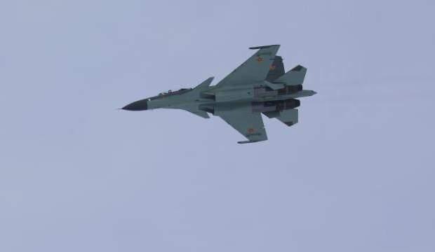 Rus uçağı, Karadeniz'de Fransa uçaklarına önleme yaptı