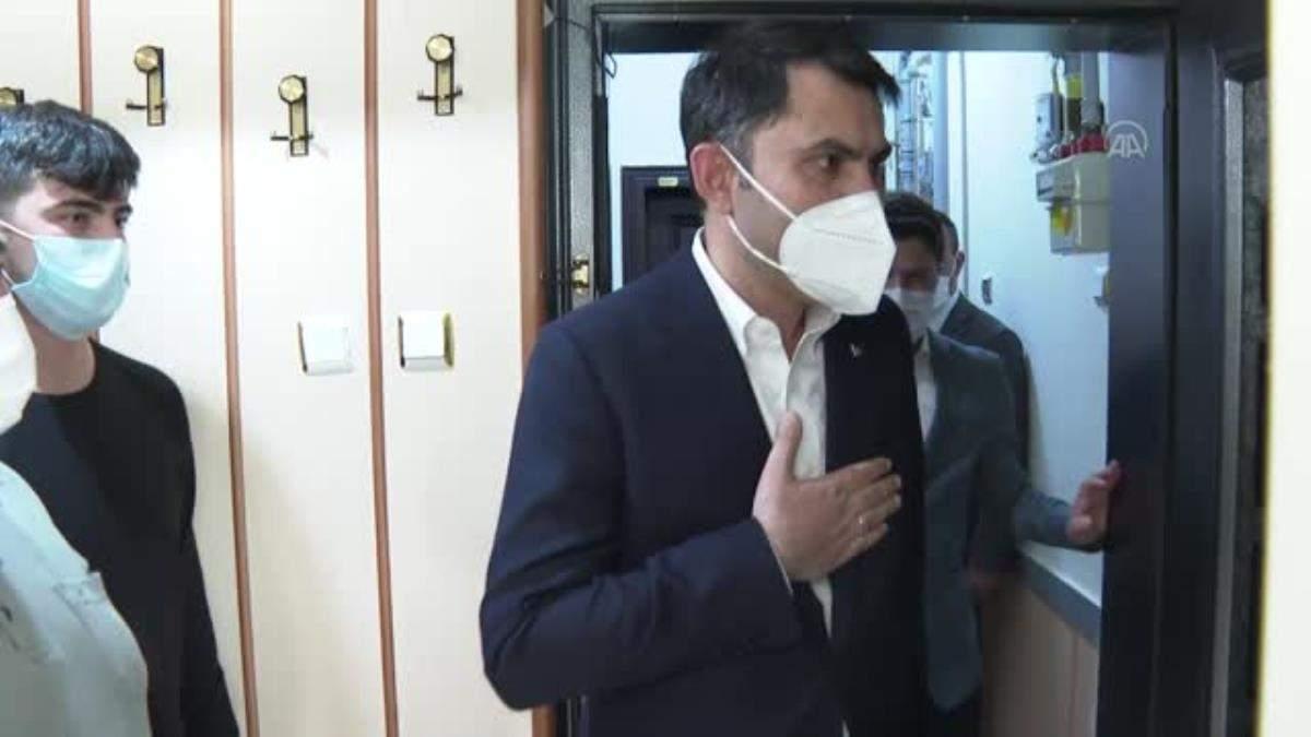 Son dakika gündem: Çevre ve Şehircilik Bakanı Kurum, şehit ailelerini ziyaret etti