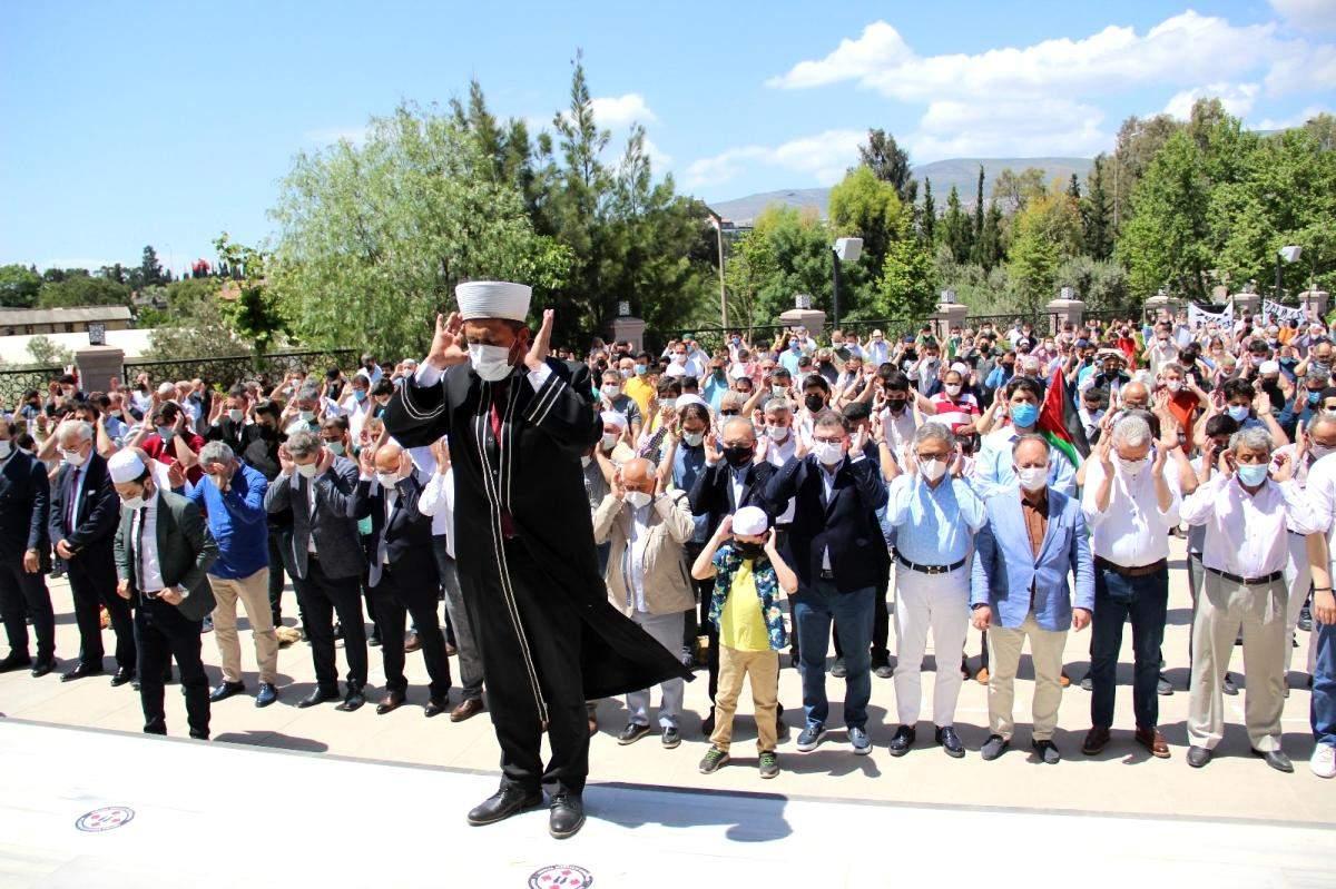 Son dakika haber! Şehit olan Filistinliler için İzmir de gıyabi cenaze namazı