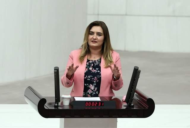 """CHP'li Kılıç: """"İntihar eden esnafın aileleri, evine ekmek götüremeyen müzisyenler, işsiz gençler  kusura bakıyor"""""""