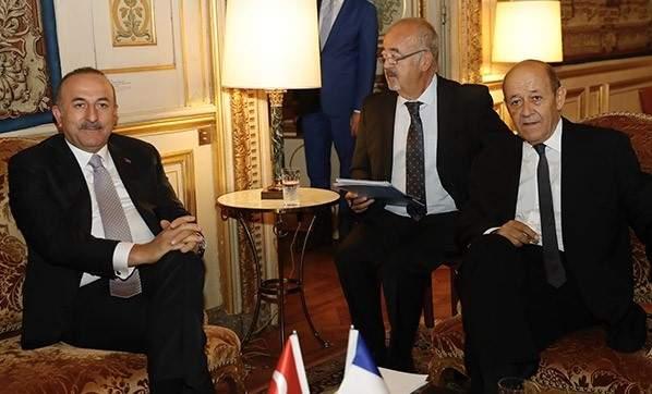 Dışişleri Bakanı Çavuşoğlu, Fransız mevkidaşı Le Drian ile bir araya geldi