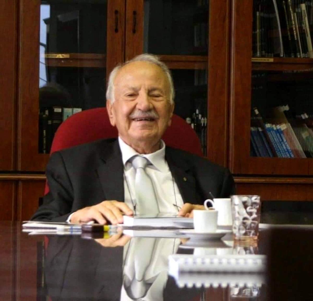 Göztepe nin eski başkanlarından Yüksel Kazmirci vefat etti