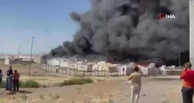 Irak'ta göçmen kampında büyük yangın