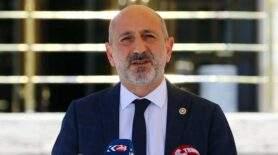 CHP'li Öztunç'tan Hamza Dağ'a yanıt: Cesaret konusuna bir daha girme!