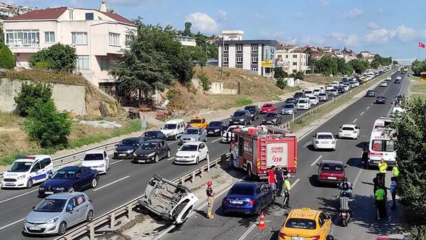 Büyükçekmece'de trafik kazası: 6 yaralı