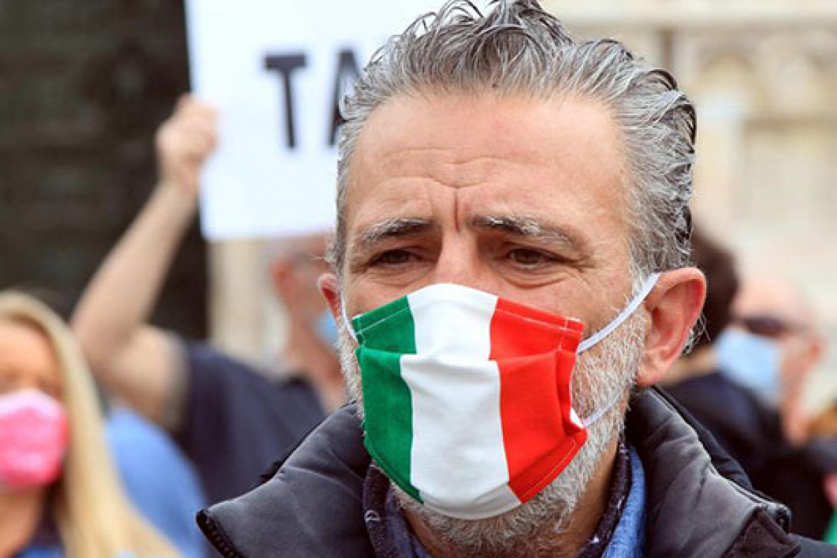 İtalya'da günlük vaka sayısı 5 bini aştı
