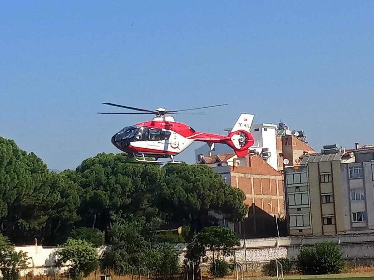 İzmir de ambulans helikopter yeni doğan bebek için havalandı