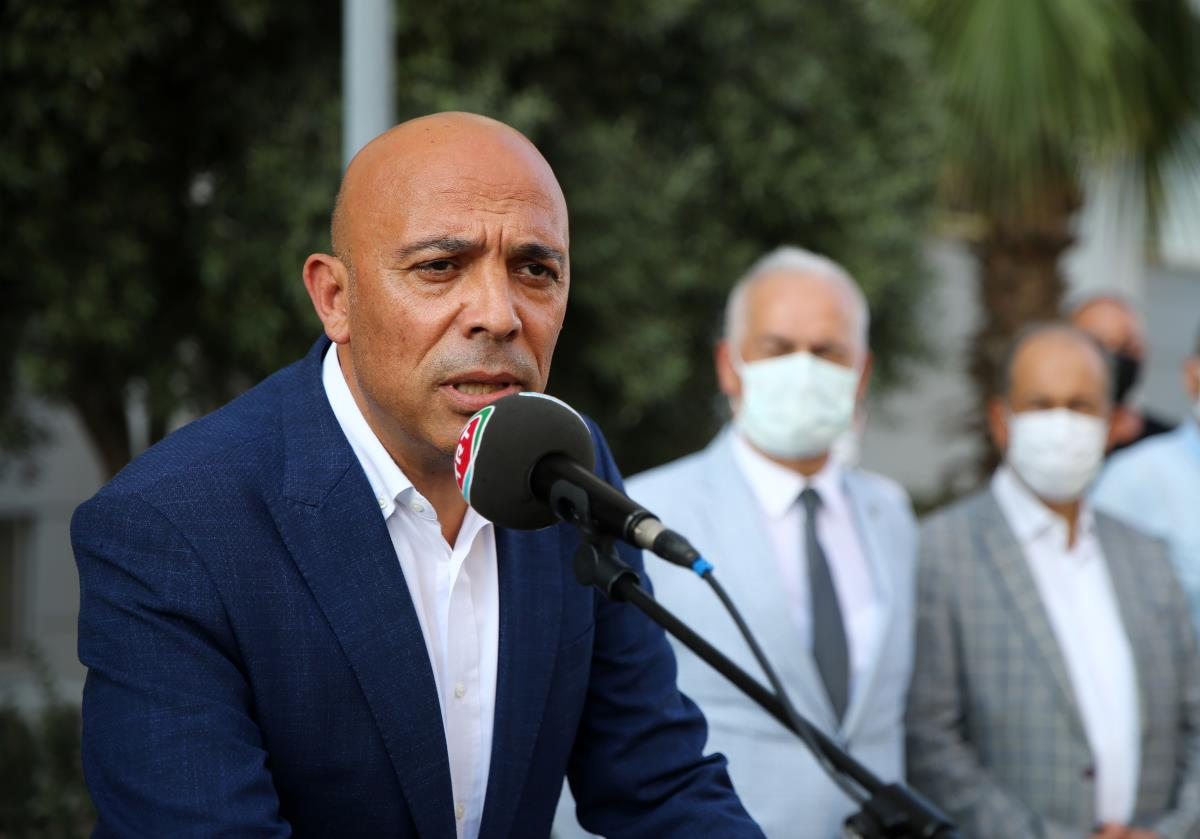 İzmir e atanan Mersin Emniyet Müdürü Şahne kente veda etti