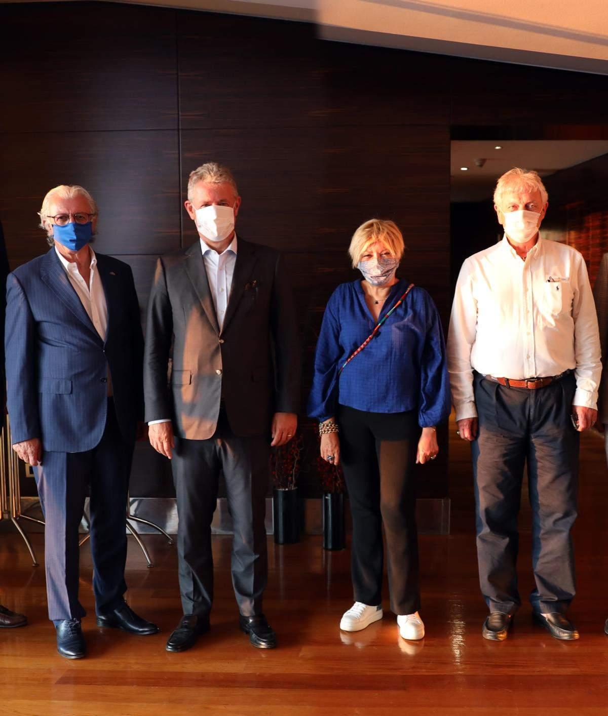İzmir in iş dünyası temsilcileri İEÜ mütevelli heyetinde