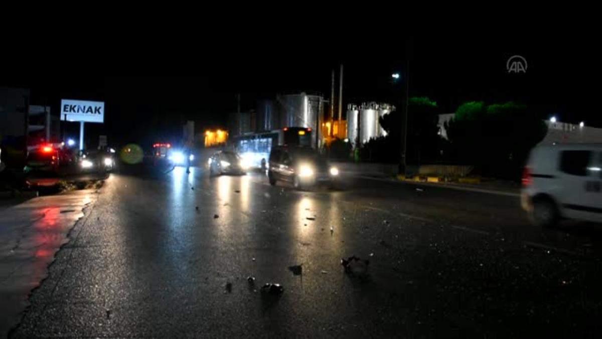 Kemalpaşa da meydana gelen trafik kazasında 2 kişi yaralandı