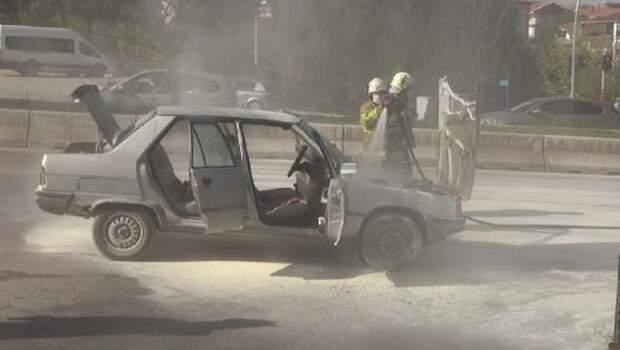 Kırıkkale'de seyir halindeki otomobil alev aldı