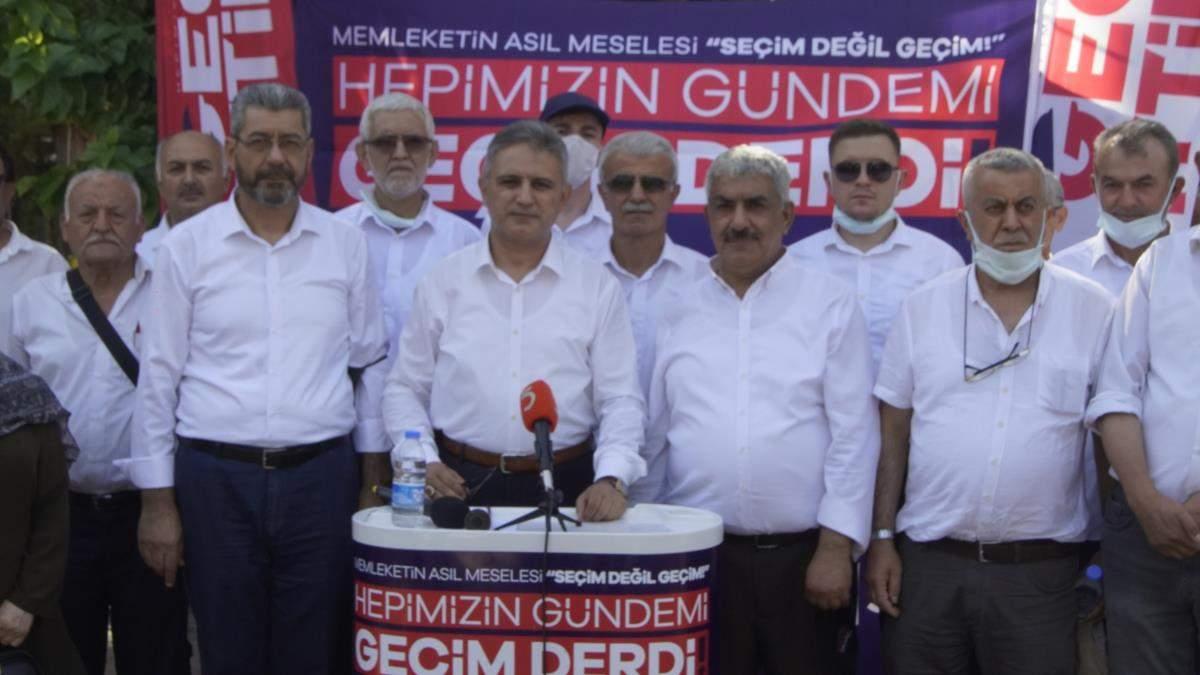 Saadet Partisi İzmir İl Başkanı Mustafa Erduran, Seferihisar da vatandaşlarla bir araya geldi