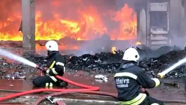 Son dakika… Tekirdağ'da geri dönüşüm fabrikasında yangın