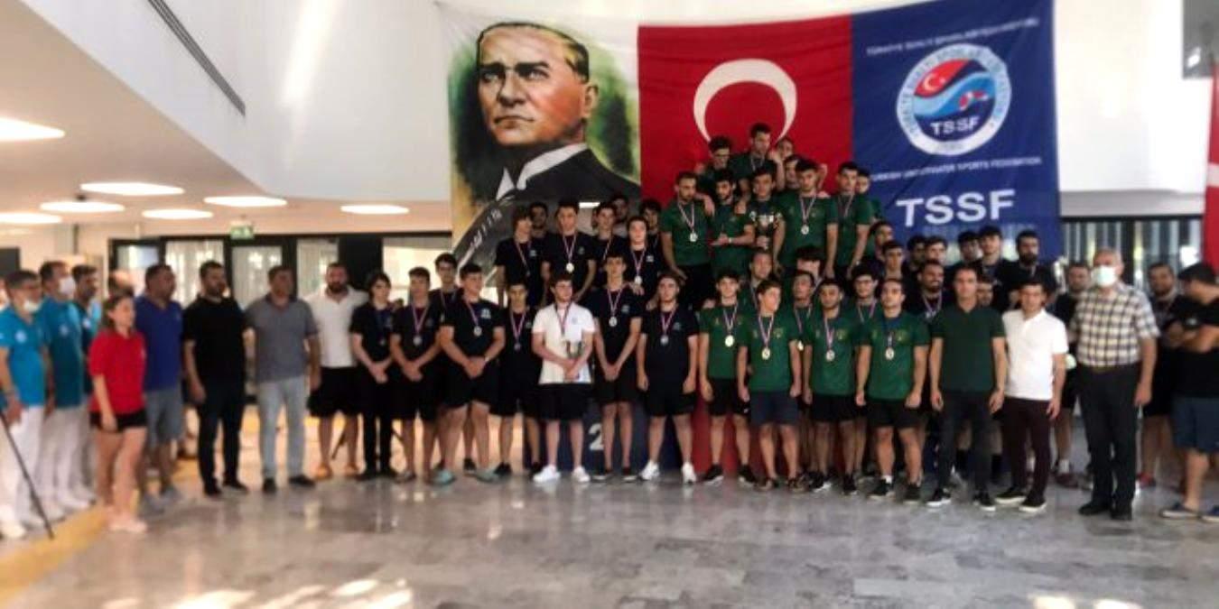 Sualtı Ragbisi Federasyon Kupası nda zirve Ege Sualtı Sporları Kulübü nün oldu