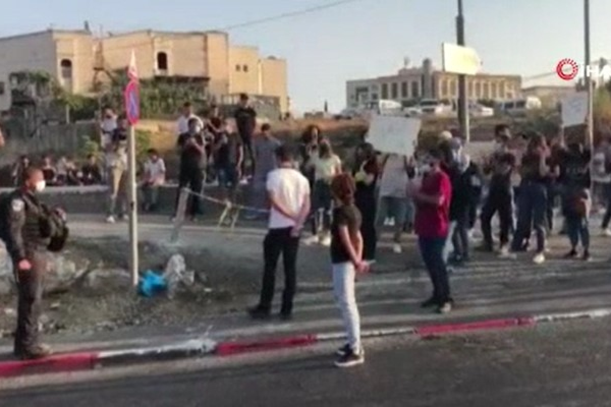 İsrail güçleri, Şeyh Cerrah'ta Filistinlilere saldırdı