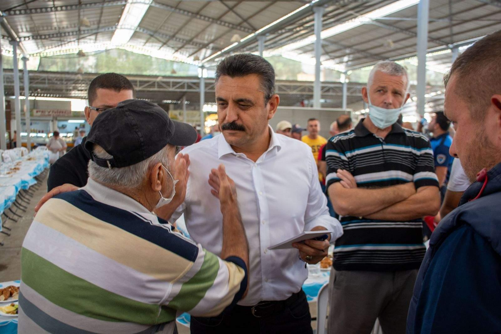 Başkan Kırgöz, Pazarcı Esnafıyla Bir Araya Geldi