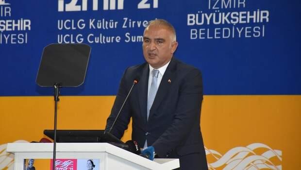 Bakan Ersoy: İklim değişikliği gibi başlıkların ağırlığı altında eziliyoruz