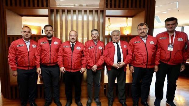 Bakan Varank, Nobel ödüllü Türk bilim insanı Aziz Sancar ile bir araya geldi