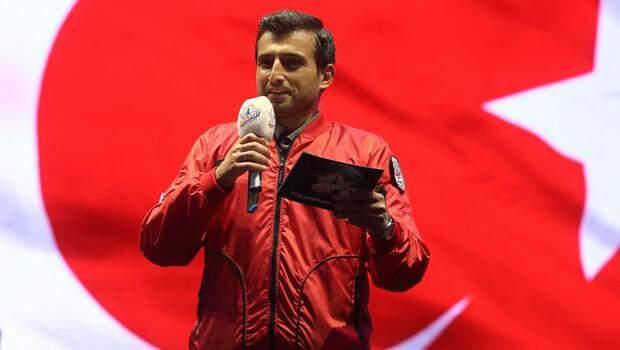 Selçuk Bayraktar açıkladı! '2022 Teknofest'i Samsun'da düzenleyeceğiz'