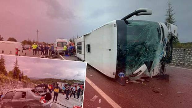 Son dakika! Bartın'da feci kaza! Otomobil ile çarpışan otobüs devrildi: 3 ölü, 1 yaralı