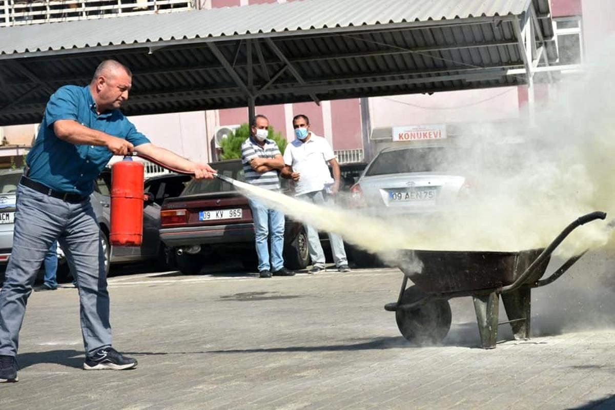 Son dakika haber: Aydın İl Tarım Müdürlüğü personeline yangın söndürme eğitimi verildi