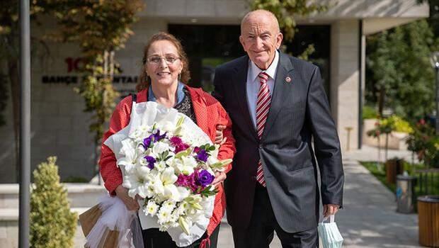 Evlilik yıl dönümlerini Meclis'te kutladılar