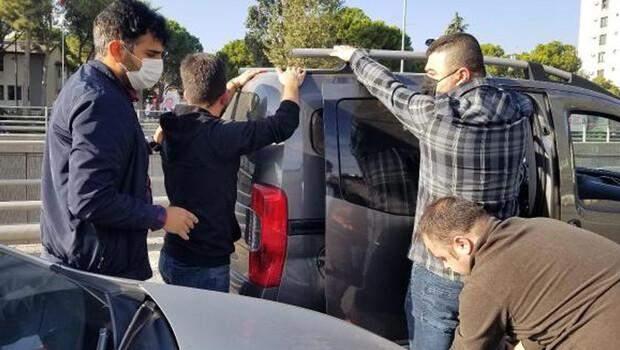 Kendilerini polis olarak tanıtıp 800 bin TL dolandırdılar! Çete çökertildi