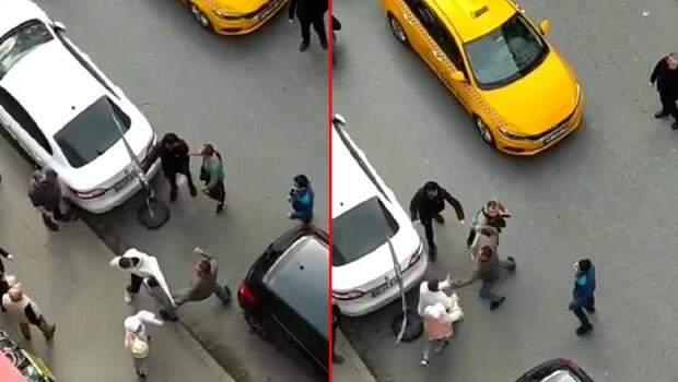 Taksi şoförü ile müşterisi birbirine girdi! Yumruk yumruğa kavga