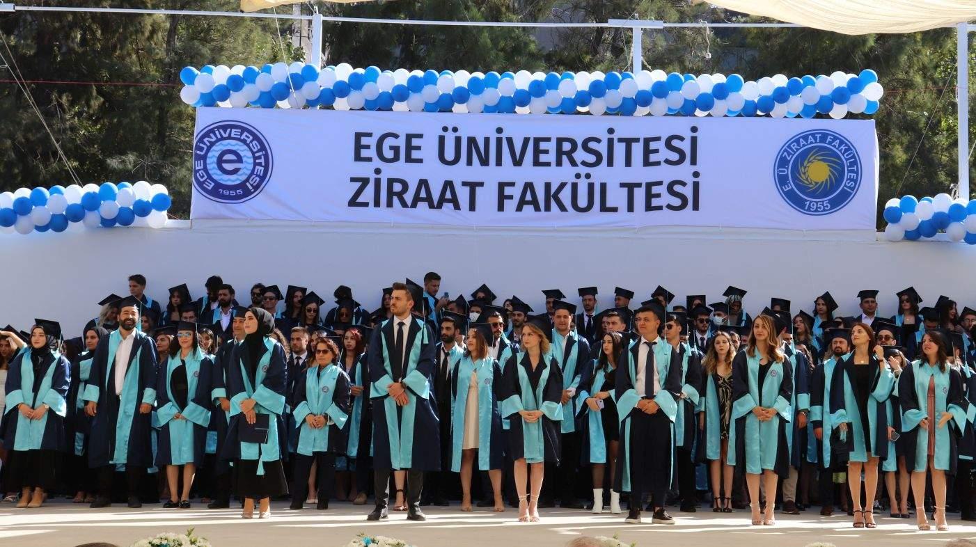 EÜ Ziraat Fakültesi 61 ve 62. Dönem mezunlarını sektöre  uğurladı