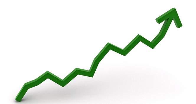 Yıl sonu büyüme beklentisi arttı